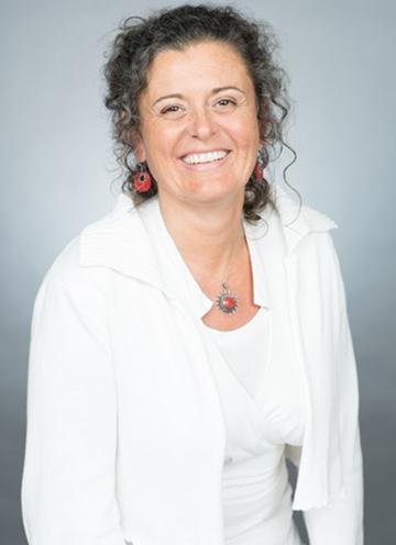 catherine houssiau coach neuro-activ facilitatrice en constellation familiale accompagnante a la naissance